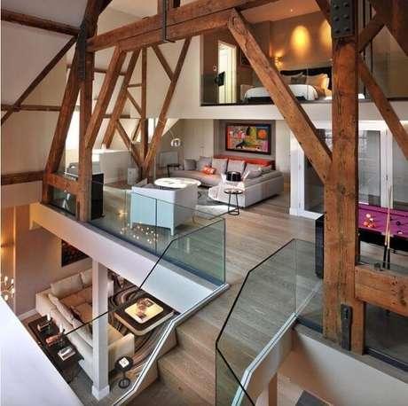 26. Casa de madeira com mezanino estilo chalé. Fonte: TG Studio