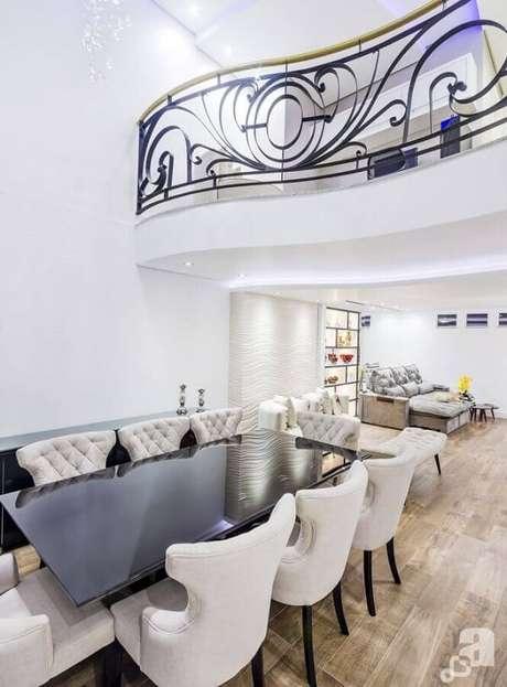 56. O mezanino da residência pode ser o destaque do projeto. Projeto de Argus Arquitetura e Interiores