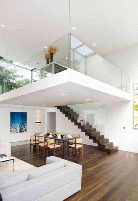 62. Planta de casa com mezanino decorado de alvenaria e guarda corpo de vidro. Fonte: Pinterest