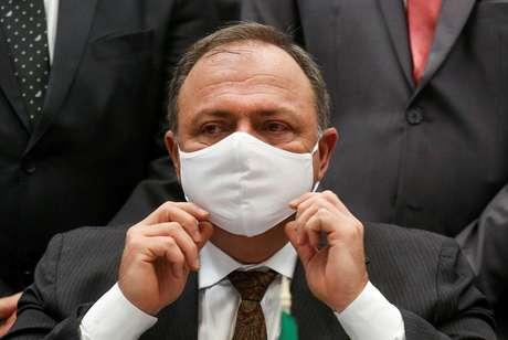 Ex-ministro da Saúde, Eduardo Pazuello, em São Paulo 18/01/2021 REUTERS/Carla Carniel