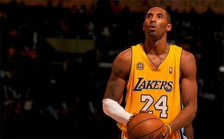 Kobe Bryan, um dos maiores jogadores da história da NBA, faleceu aos 41 anos (Foto: Reprodução/ Twitter)