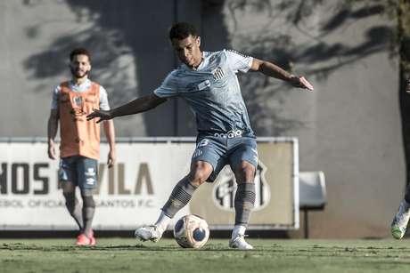 Sandry é mais um Menino da Vila que se destaca no elenco alvinegro (Foto:Ivan Storti/Santos FC)