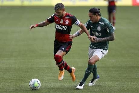 Equipes empataram em 1 a 1 no primeiro turno (Foto: Marco Galvão/Fotoarena/Lancepress!)