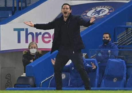 Frank Lampard treina o Chelsea desde o meio de 2019 (Foto: JUSTIN TALLIS / POOL / AFP)