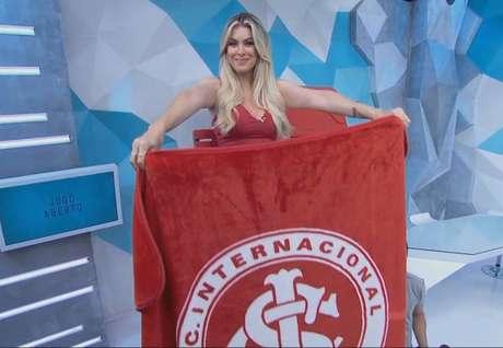 """Renata Fan durante o """"Jogo Aberto"""" desta quinta (Reprodução/Band)"""