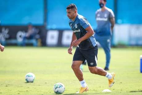 Diego Souza destaca importância do Gre-Nal e reforça necessidade de vitória (Foto: Divulgação/Grêmio)