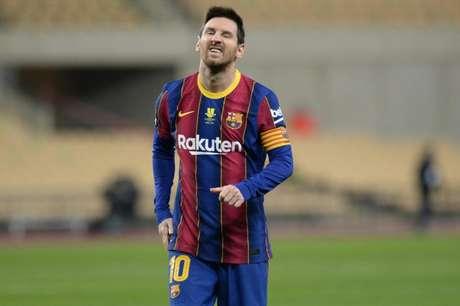 Messi tem apenas uma expulsão na carreira com a camisa do Barcelona (Foto: CRISTINA QUICLER / AFP)