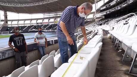 'O protocolo de segurança do projeto Botafogo Seguro baseia-se num conjunto consistente de boas práticas para conter a disseminação da doença', afirmou o doutor Sergio Cimerman (Vitor Silva/Botafogo)
