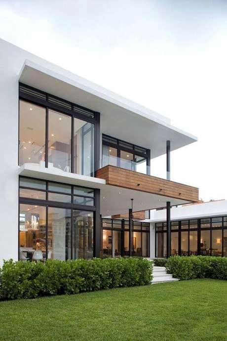 1. Casa sobrado grande – Via: Pinterest