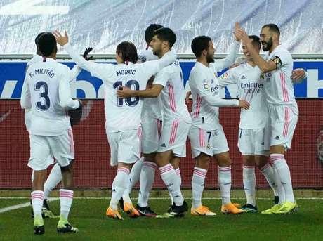 Real Madrid chegou aos 44 pontos em 19 partidas no Campeonato Espanhol (Foto: CESAR MANSO / AFP)