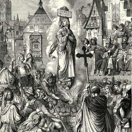 Joana d'Arc foi queimada na fogueira em 30 de maio de 1431