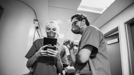 Os estudantes de Medicina da USP trabalharam por três meses na enfermaria de cuidados paliativos do Hospital das Clínicas, em São Paulo