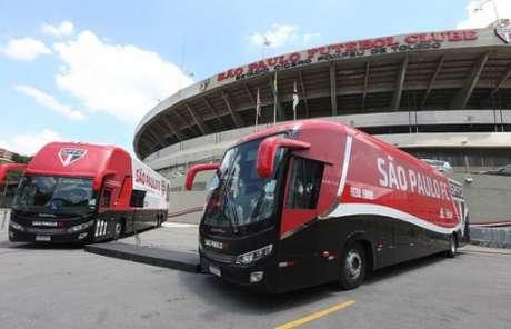 Ônibus sofreu ataque (Paulo Pinto/saopaulofc.net)