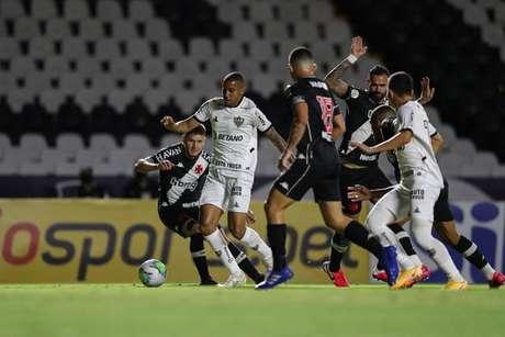 Vasco e Atlético-MG fizeram um jogo de muitas emoções neste sábado (Pedro Souza / Atlético)
