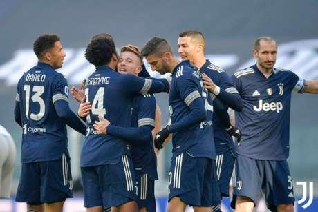 Arthur marca pela primeira vez, e Juve derrota o Bologna pelo Italiano (Foto: Reprodução/Twitter)