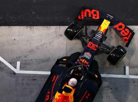 É a terceira vez que o holandês larga do primeiro posto na carreira.