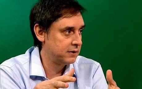 Eduardo Tironi destaca que mudança de técnicos nas duas equipes no meio da competição continental contrariou 'teses consideradas imutáveis' (Foto: Reprodução)