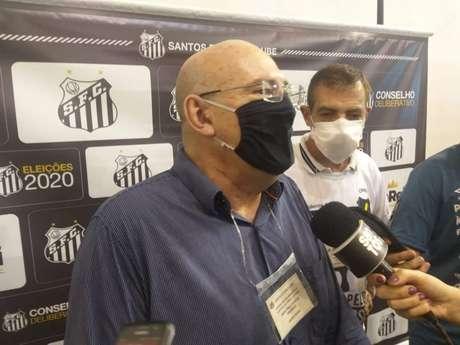 Andres Rueda comemora o acordo de patrocínio para a final da Libertadores (Fábio Lázaro/Lancenet!)