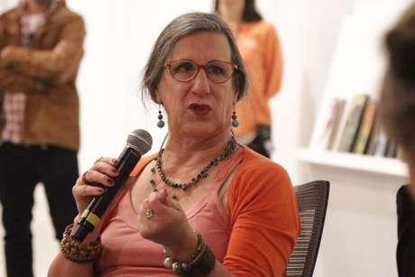 Com covid-19, cartunista Laerte Coutinho é internada em UTI em São Paulo
