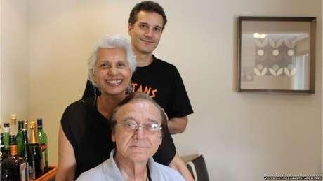Leon Menache, a esposa Míriam e o filho Alberto. São Paulo, 2014