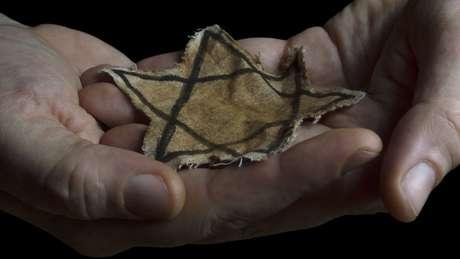 Nazistas obrigaram judeus a usar estrela amarela de David