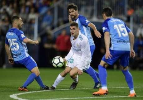 Málaga em campo contra o Real Madrid (Foto: JAVIER SORIANO / AFP)