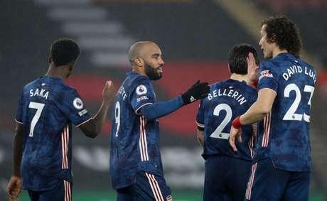 Arsenal conseguiu virada contra o Southampton (Foto: NAOMI BAKER / POOL / AFP)