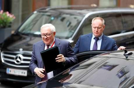 Vice-ministro das Relações Exteriores da Rússia, Sergei Ryabkov, chega para reunião em Viena 22/06/2020 REUTERS/Leonhard Foeger