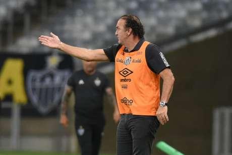 Cuca e Sampaoli travaram duelo no Mineirão (Foto: Ivan Storti/Santos FC)