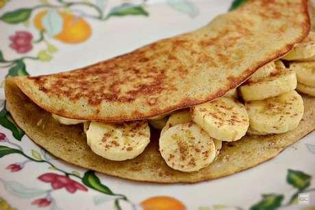 Guia da Cozinha - Crepioca de banana prática: pronta em 10 minutos