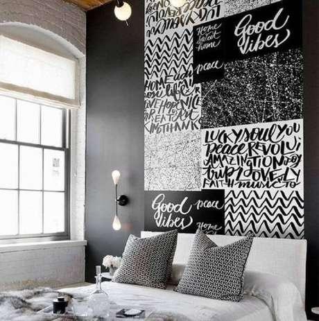 52. Papel de parede preto e branco – Via: Revista VD