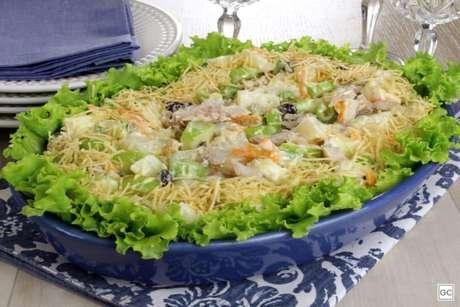 Guia da Cozinha - Salpicão com atum: receita fácil pronta em 20 minutos