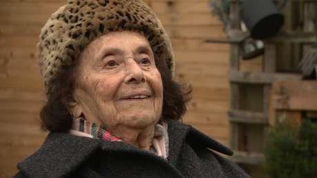 Sobrevivente do Holocausto diz que ser positivo é chave para vencer desafios como a covid-19