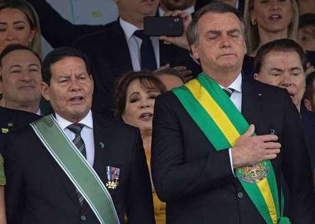 Bolsonaro e Mourão trocaram indiretas e críticas públicas nesta semana