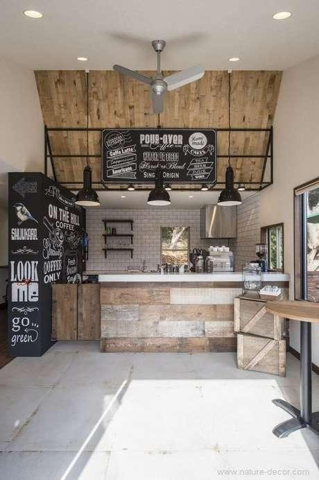46. Revestimento para área gourmet retrô – Via: Arkpad