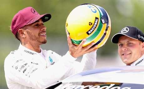 Hamilton nunca escondeu a admiração por Senna