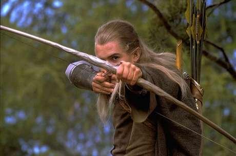 Além de hobbits, há elfos, magos, anões e diversos outros tipos de criaturas míticas na série