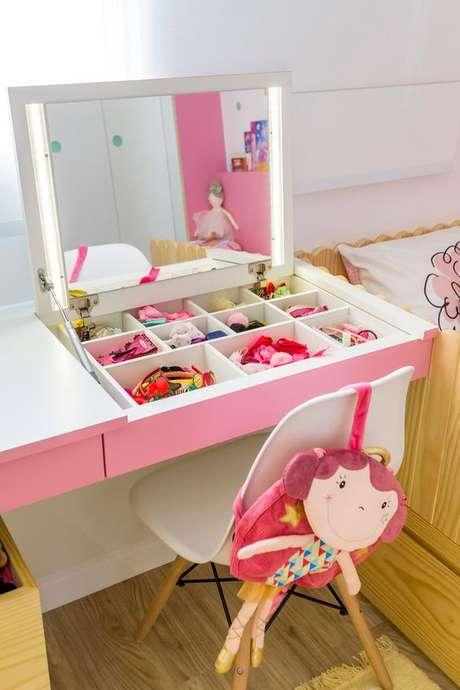 36. Cadeira para penteadeira infantil – Via: Pinterest