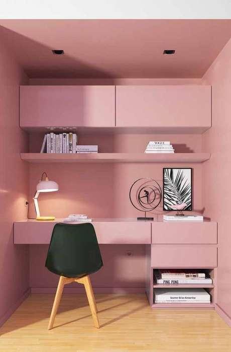 40. Cadeira para penteadeira rosa e preto – Via: Pinterest