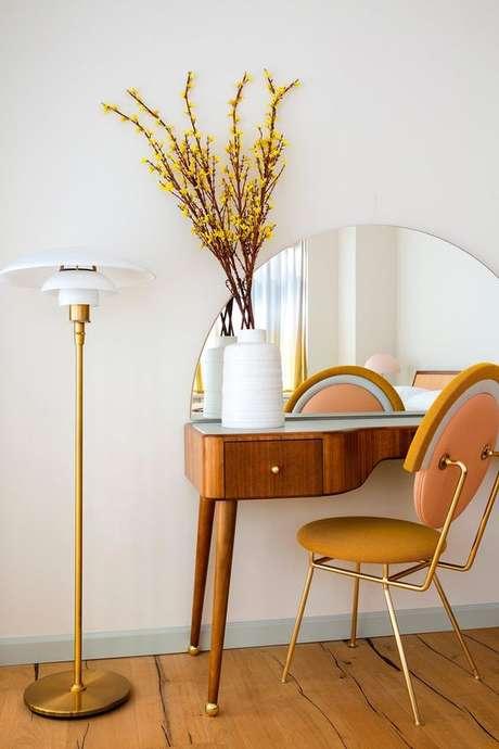 38. Cadeira para penteadeira moderna – Via: Casa Vogue