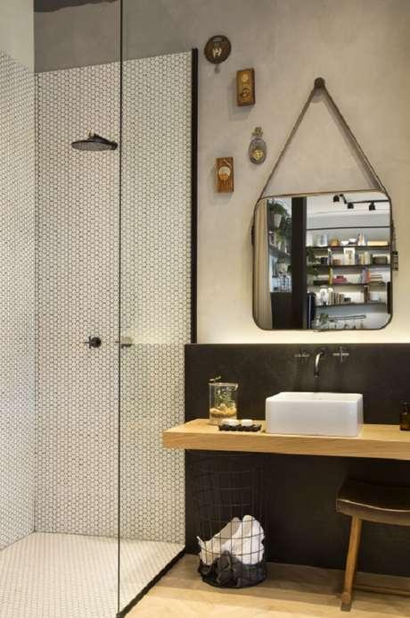 3. A cuba de apoio para banheiro quadrada conversa diretamente com o espelho. Fonte: Deca