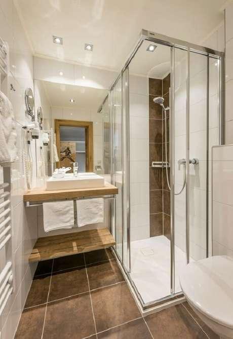 22. Fique atento as medidas da cuba de apoio para banheiro pequeno. Fonte: Revista Viva Decora