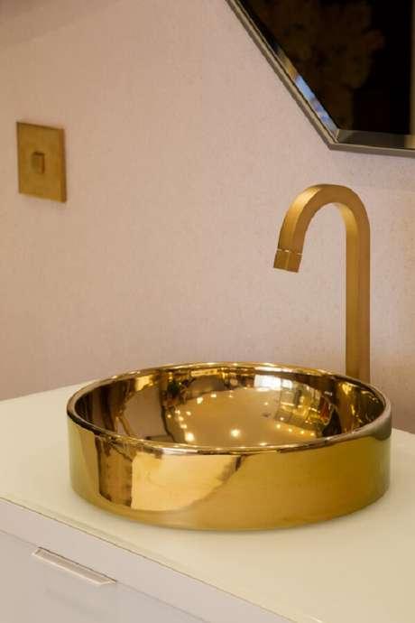 27. Modelo de cuba de apoio para banheiro é pura sofisticação. Fonte: Deca