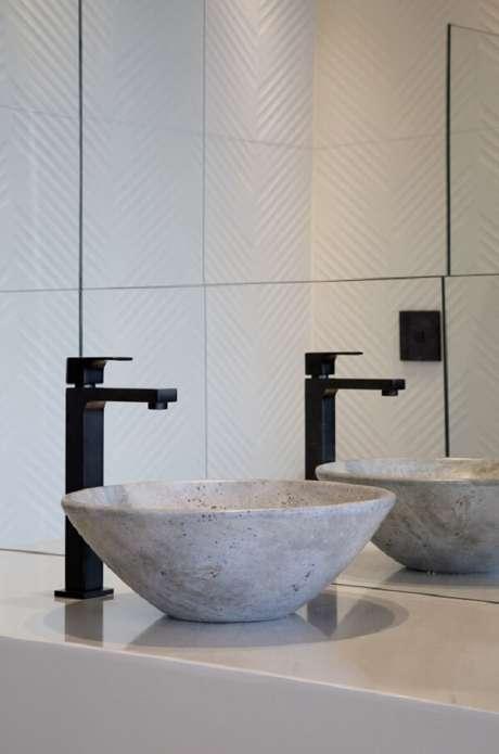 21. Modelo de cuba de apoio para banheiro pequeno em formato oval. Fonte: Deca