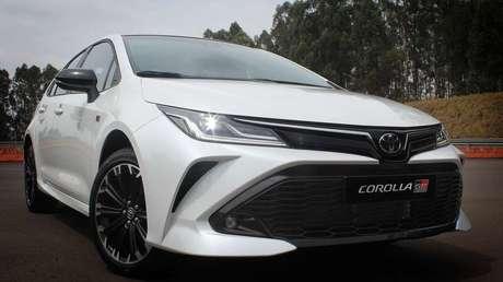 Linha 2022 do Corolla deve contar ainda com a chegada da versão GR-S, de visual esportivo.