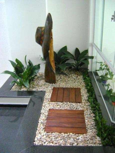 18. O jardim pode ficar localizado no cantinho da sala de estar