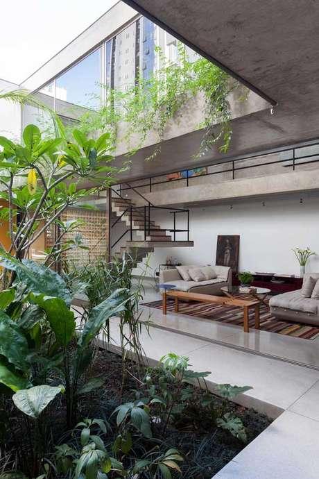 49. Jardim de inverno na sala moderna – Via: Pinterest