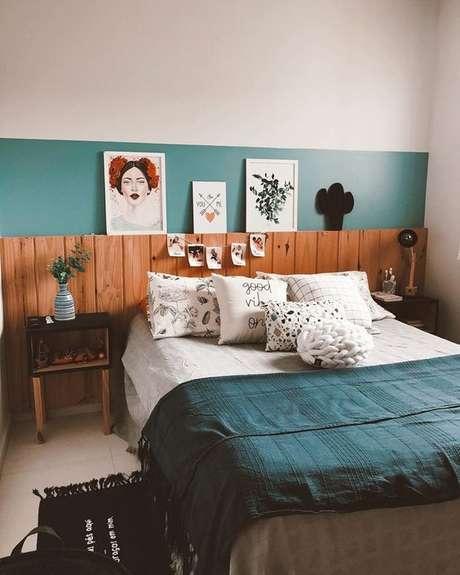 46. Cabeceira de madeira para quarto moderno – Via: Pinterest