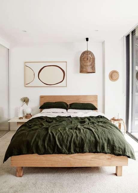 1. Quarto com cama de madeira – Via: Bed Threads