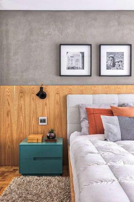 11. Cabeceira de cama de madeira – Via: Casa Vogue